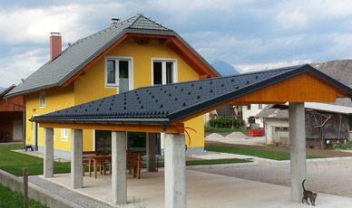 cena pločevinaste strehe za hišo